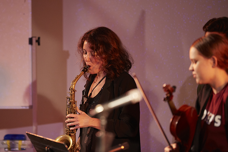 The Shape of Music - Live improvised music performance conducted by composer Matt Ottley. Martha Baartz on Saxaphone